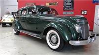1937 Chrysler AirFlow Eight