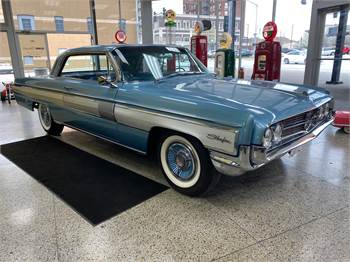 1962 Oldsmobile Starfire Coupe